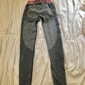 Gymshark Pants - Gymshark Flex legging grey pink full length XS